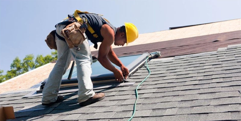 The Major Factors to Consider When Hiring Roofers